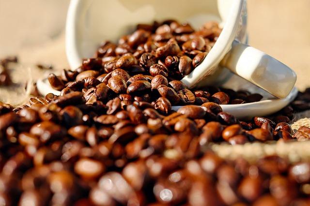 Káva ako čistiaci prostriedok.jpg